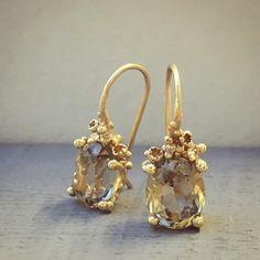 Smoky Quarts and Diamond Drop Earrings capturing the light. Smoky Quarts and Diamond Drop Earrings capturing the light. Gold Diamond Earrings, Diamond Jewelry, Diamond Stud, Stud Earrings, Rough Diamond, Golden Jewelry, Affordable Jewelry, Turquoise Jewelry, Beautiful Earrings