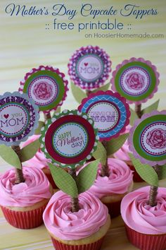 Mom Birthday Gifts Treat Mom extra special this Mother's Day with these fun and easy to make printable Mother's Day Cupcake Toppers! Mothers Day Cupcakes, Mothers Day Cake, Mothers Day Crafts, Happy Mothers Day, Mother Day Gifts, Mom Gifts, Cupcake Toppers, Cupcake Cakes, Pink Cupcakes