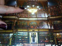 Pequenas Felicidades - Post 36 - Livros. Libros. Books. Library. Real Gabinete Português de leitura
