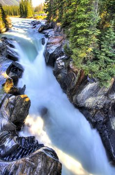 Numa Falls, Kootenay National Park, Canada (Waterfalls)