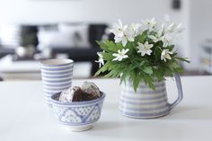 http://mykeminutter.blogspot.no:   Favorite blue ceramics from Tine K Home.