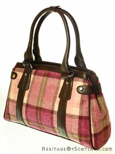 Click on the photo to go to our online store. Plaid handbag.    Ladies Wool Tartan Handbag, Stud Fastener, Pink Check    Product ID: 18982