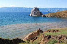 Przylądek Burchan, zwany również Skałą Szamanką. Baikal Lake Olkhon Island and Shaman Cape.