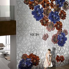 Floral motifs bud upon elegant textures. Mediterranea collection blends colors and textures in the perfect modularity of the fully-computerised mosaic