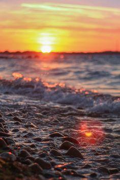 plasmatics-life:  Beautiful sunset | By August Bonnesen · #photography #nature
