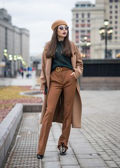 [EN]One of the most exciting events in the world is Fashion Week, namely Mercedes Benz Fashion Week Russia. Today I'd like to tell you about the street style, the outfits of those who attended MBFW…