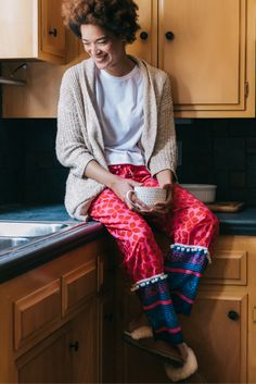 Our favorite loungewear in beautiful prints for a cozy fall that are also perfect for a casual outfit. Every pairs empowers the women who made them through living-wage employment. Fashion for good!