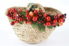 We don't have to tell you this, but the type of handbag you carry says a lot about your sense of sty Types Of Handbags, Cute Handbags, Der Plan, Christmas Wreaths, Christmas Ornaments, Straw Bag, Wicker, Decorative Bowls, Diy And Crafts
