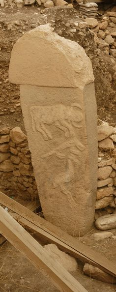 Göbeklitepe- Urfa, 9600 BC (11.600 years ago) photography: Erdinç Bakla (2012) - Göbeklitepe- Urfa, 9600 BC (11.600 years ago) - If the pyramids are only 5000 years old then whomever made these are far older than the Egyptians!!!!
