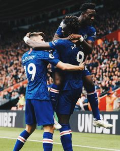 Chelsea Wallpapers, Chelsea Fc Wallpaper, Chelsea Football, Football Soccer, Football Players, Tammy Abraham, Christian Pulisic, Manchester United Fans, Blue Flag