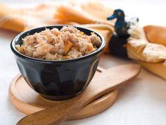 Recette de Cuisses de grenouilles à la provençale toute simple et rapide à faire Croutons Maison, Buffet, Oatmeal, Grains, Pudding, Breakfast, Desserts, Recipes, Food