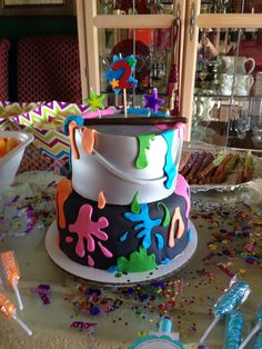 Paint party cake!