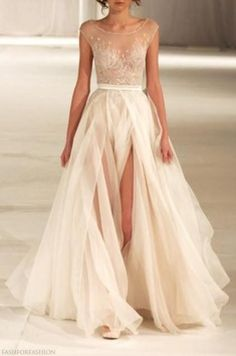 Ethereal Gowns / Bridal Fabric Article / Wedding Style Inspiration / LANE  (instagram: the_lane)