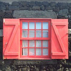 Window • Ilha do Pico, Açores