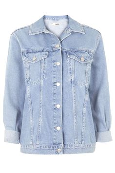 """Topshop MOTO Oversized Western Jacket The denim jacket is a covetable choice this season. Our MOTO oversized jacket goes for western styling with classic trims in a light vintage wash. Comes with a full length button placket and front pockets. 100% Cotton. Machine wash.  Model's height's is 5' 9.5""""  Colour:  MID STONE Item code:  05J02IMDT"""