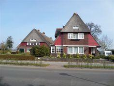 Kommisjewei 32-34, Opeinde, boerderij met villa in Amsterdamse-School stijl. Foto: Ron Conijn