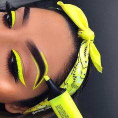 makeup over 60 makeup like marilyn monroe makeup artist makeup pads makeup upturned eyes makeup tutorial for beginners eye makeup remover kajal eye makeup Makeup Eye Looks, Eye Makeup Art, Crazy Makeup, Cute Makeup, Eyeshadow Makeup, Gorgeous Makeup, Makeup Geek, Clinique Eyeshadow, Amazing Makeup