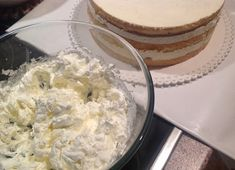 Ovocný narozeninový dort Cheesecake, Ice Cream, Cupcakes, Desserts, Food, Bb, Pizza, No Churn Ice Cream, Tailgate Desserts