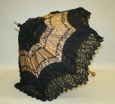 American Gilded Age fashion - A ladies gold & black parasol; created with satin and lace. - ~ {cwlyons} ~ (Original image/collection: The Metropolitan Museum of Art) Victorian Era, Victorian Fashion, Vintage Fashion, Victorian Ladies, Vintage Accessories, Women Accessories, Vintage Umbrella, Vintage Outfits, Vintage Clothing