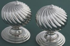 Period door knobs Burcote Design. For those who want their door knobs to make a statement. From Priors Period Ironmongery. http://www.priorsrec.co.uk/burcot-swirl-nickel-door-knobs/p-3-22-70-1584