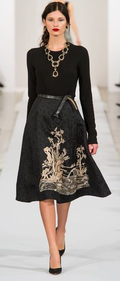 Toile embroidered skirt! Oscar De La Renta Autumn/Fall 2013