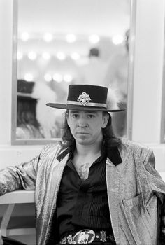 ♡♥Stevie Ray Vaughan backstage at the 'Orpheum' theater in Memphis,TN on August 26th,1986 - click on pic to see a full screen pic in a better looking black background♥♡