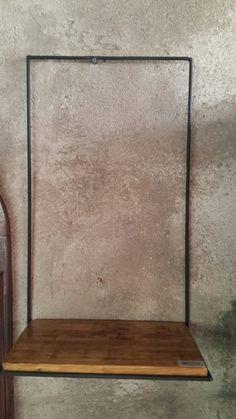 Prateleira madeira e ferro