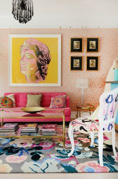 "This Colorful San Francisco House Is Like a ""Victorian on Acid"" Dieses farbenfrohe Haus in San Francisco ist wie ein ""Victorian on Acid"" Decor, Colorful Interiors, Master Bedroom Wallpaper, Room Wallpaper, Home Decor, San Francisco Houses, Apartment Decor, Eclectic Bedroom, House Colors"