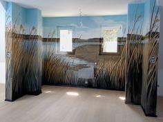 Corentin Meige - Décorateur spécialisé dans la création de fresque, peinture murale, décor de théâtre,etc Vevey, Decoration, Tapestry, Home Decor, Small Hallways, Green Doors, Fresco, Switzerland, Decor