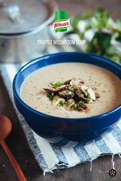 Truffle Mushroom Soup Recipe by Pepper. Mushroom Soup Recipes, Easy Soup Recipes, Chili Recipes, Healthy Recipes, Sweet Potato Dumplings, Sweet Potato Soup, Truffle Mushroom, Truffle Oil, Chickpea Soup