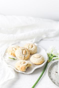 Recipe: Almond Macaroons - by Emma Duckworth for decor8