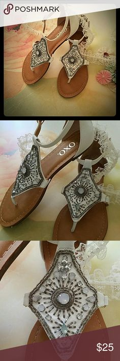 !CLEARANCE! Vintage Sandles Brand new XOXO, never worn Sandles. Tag on bottom of shoe. XOXO Shoes Sandals