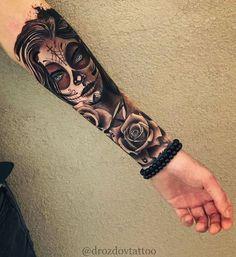 Feiern Sie Leben und Tod mit diesen fantastischen Tag der toten Tätowierungen – Tattoos – Celebrate life and death with these awesome Day of Dead Tattoos – Tattoos – … Dope Tattoos, Hand Tattoos, Forarm Tattoos, Ring Finger Tattoos, Badass Tattoos, Body Art Tattoos, Awesome Tattoos, Tatoos, Skull Girl Tattoo
