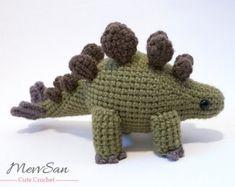 Crochet PATTERN PDF - Amigurumi Stegosaurus Dinosaur - amigurumi dinosaur pattern, crochet dinosaur, amigurumi dinosaur toy, softie