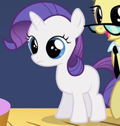 Filly Rarity - My Little Pony Friendship is Magic Wiki My Little Pony Rarity, Little Pony Party, Mlp Rarity, Baby Pony, Little Poney, My Little Pony Pictures, My Little Pony Friendship, Twilight Sparkle, Rainbow Dash