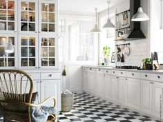 Black & white ikea kitchen