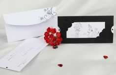Faire-part mariage fun. via Etsy. Silhouette Design, Trending Outfits, Unique Jewelry, Handmade Gifts, Cards, Fun, Etsy, Wedding Invitations, Events