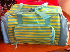 You can only get this in April! Spend $35 get the duffle for $25! www.mythirtyone.com/42167