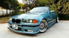Now that's a clean ride! Absolutely love that look, bmw E36 Cabrio, Bmw Vehicles, Bmw Love, Bmw E30, Nice Cars, Bmw Cars, Caviar, Jdm, Cars And Motorcycles