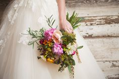 {An Oh So Colorful Spring} Wedding Inspiration|Photographer:  Thompson Pictures