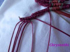 ΕΝΑ ΙΔΙΑΙΤΕΡΟ ΣΧΕΔΙΟ   kentise Macrame Art, Micro Macrame, Macrame Tutorial, Macrame Bracelets, Textiles, Handmade Bags, Crochet, Pattern, Vectors