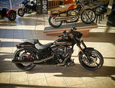 The new 2016.5 Harley Davidson CVO Pro Street Breakout  at Paradise Harley-Davidson in Tigard, OR