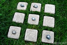 Outdoor crafts for kids:  tic tac toe!