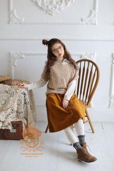 MonMonMori Mori Girl Fashion, Cute Fashion, Modest Fashion, Retro Fashion, Japanese Outfits, Japanese Fashion, Mori Mode, Forest Girl, Bohemian Mode