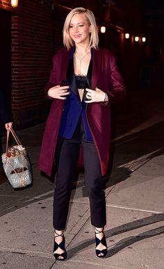 looks-para-balada-street-style-blazer-top-renda-jennifer-lawrence-calca-social-dicas