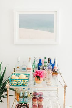 A Roundup of New Year's Cocktails To Try Via Glitter Guide   DreamGreenDIY   Bloglovin'