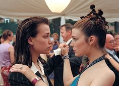 Piper Perabo and Jessica Paré - Lost and Delirious (2001) (2480×1791)