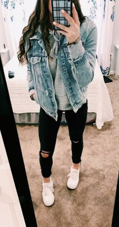 25 Simple Winter Outfits Ideas to Look Chic and Cute Lazy Outfits Chic Cute Ideas outfits Simple Winter winteroutf winteroutfits Cute Lazy Outfits, Casual School Outfits, Teen Fashion Outfits, Stylish Outfits, Stylish Clothes, Trendy Fashion, Fashion Ideas, Simple Outfits For School, Girly Outfits