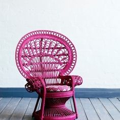 #StyleWithPassion.no loves peacock chairs!