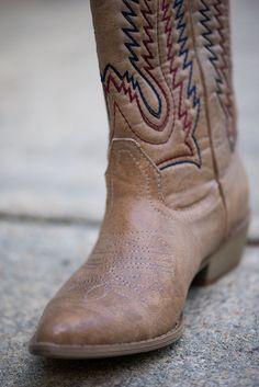 """""""The Ponderosa Boot, Natural"""""""